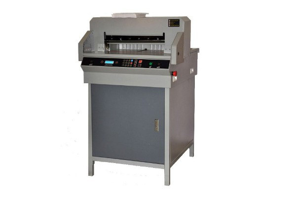 آشنایی با دستگاه برش برقی کاغذ