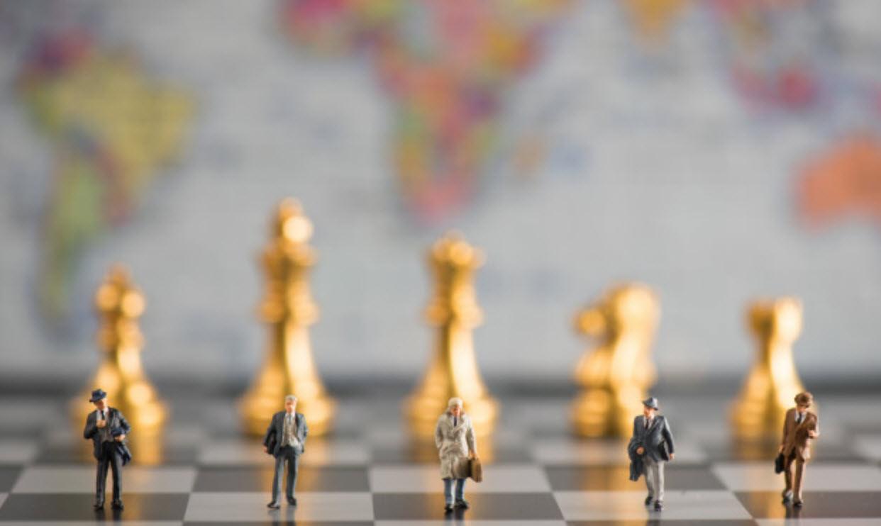 با ۱۳ استراتژی حفظ مشتری، کسبوکارتان را متحول میکند