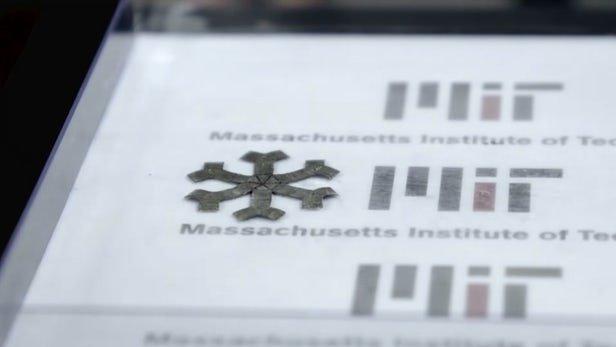 مغناطیس و چاپ 3 بعدی اشیای متحرک