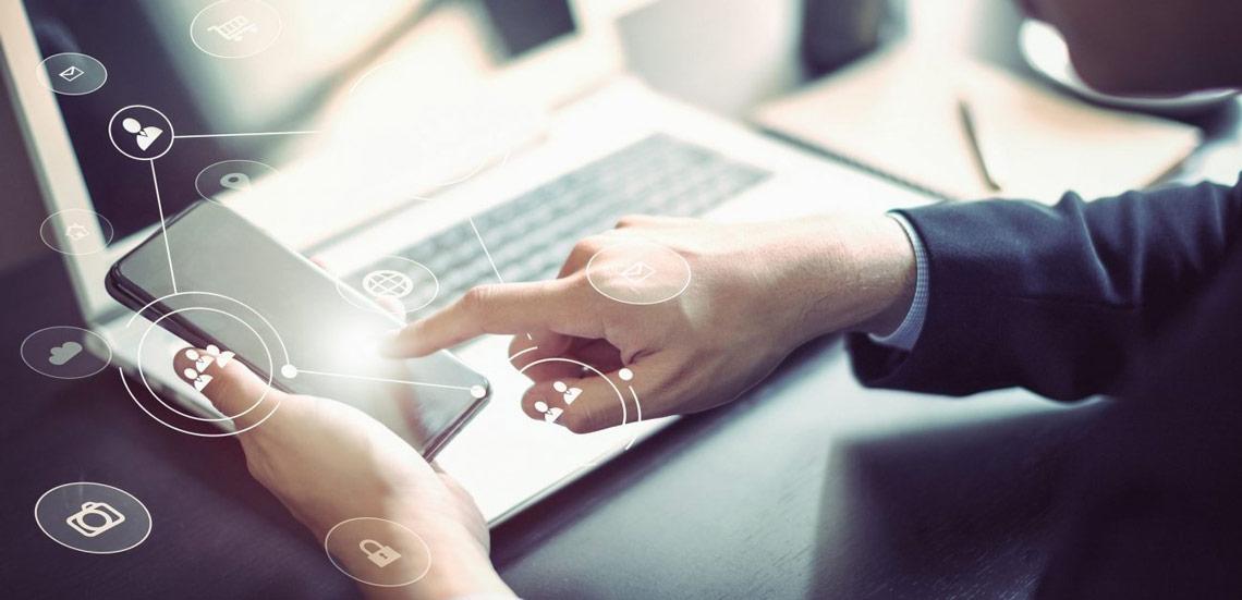 نقش شبکههای اجتماعی در مدیریت ارتباط با مشتری